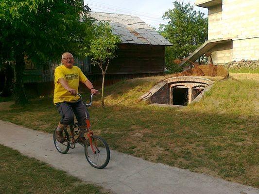 Gołąb Muzeum rowerów i… alkoholizmu