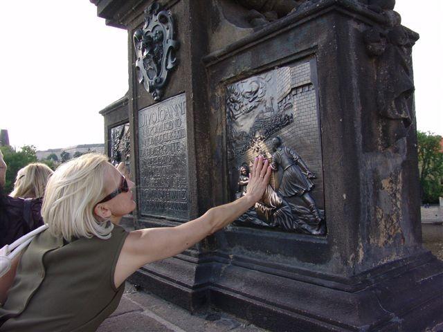 Praga. O złotych rączkach i wojaku Szwejku