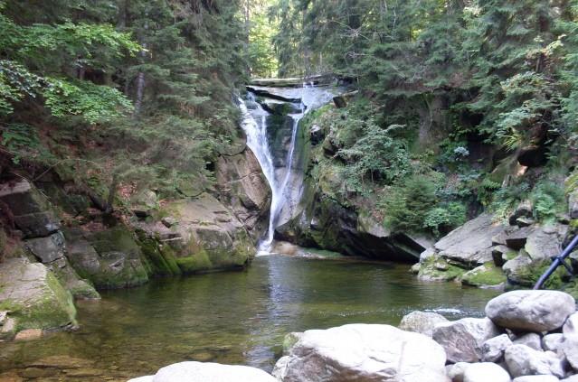 Szklarska Poręba Działo się wiele u Wodospadu Szklarki