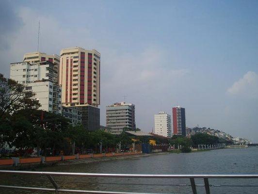 Guayaquil W odwiecznym konflikcie ze stolicą
