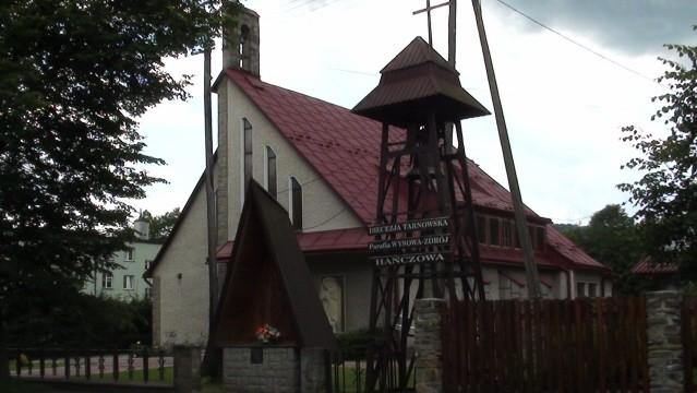 Hańczowa. Nowy kościół i nowa kapliczka