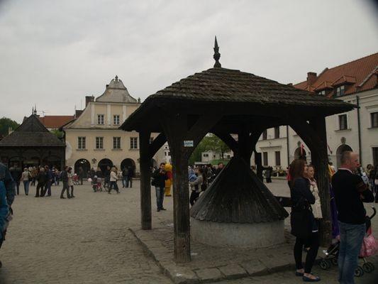 Kazimierz Dolny. Turystyczna mekka?