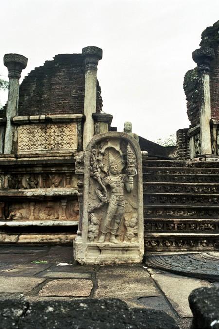 Polonnaruwa. Najpiękniejsze posągi Buddy