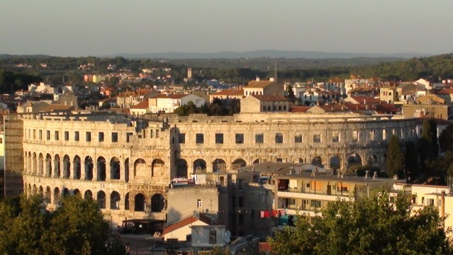 Pula. Widoki z murów weneckiej twierdzy
