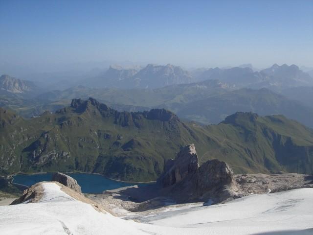 Marmolada. Pod najwyższym szczytem Dolomitów