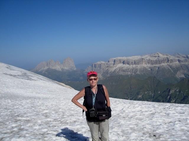 Marmolada Pod najwyższym szczytem Dolomitów