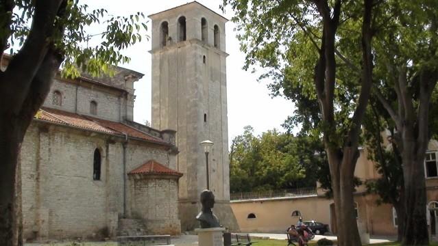 Pula Ulicą Riva do katedry (na chwilę)