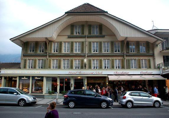 Interlaken. Jak Szwajcarzy robią czekoldę