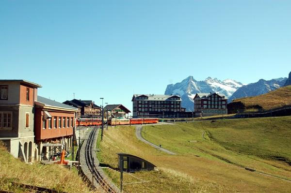 Jungfrau Jak sto lat temu budowano kolej