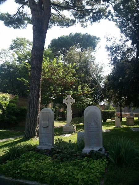 Rzym. Cmentarz cudzoziemców i artystów