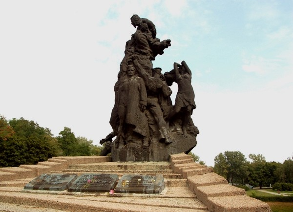 Kijów Mroczno w uroczysku Babi Jar