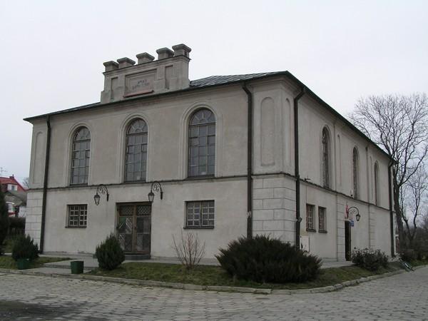 Wojsławice Przy rynku stoi synagoga…