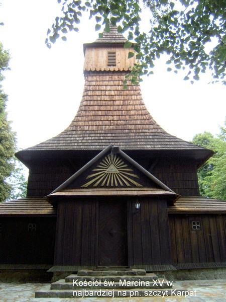 Tarnów. Szlakiem drewnianych kościołów