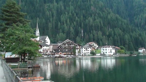 Alleghe Baza do wędrówek w Dolomity