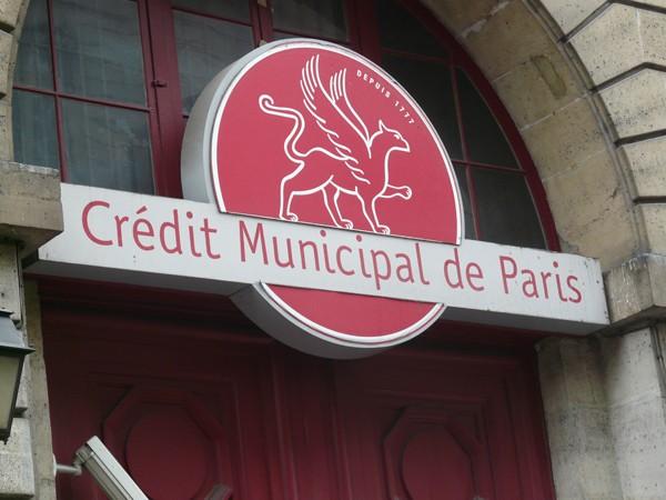 Paryż Chez ma tante – po pożyczkę do ciotki