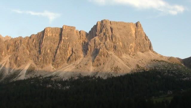 Passo Giau Na zachód słońca spoglądamy z przełęczy