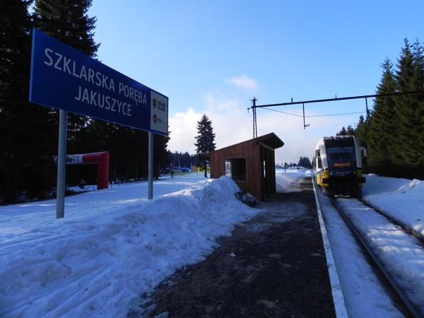 Jakuszyce. Koleją na narty, koleją na wycieczkę