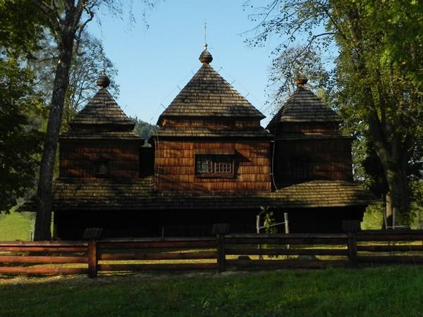 Smolnik nad Sanem. Bojkowska cerkiewka na wzgórku