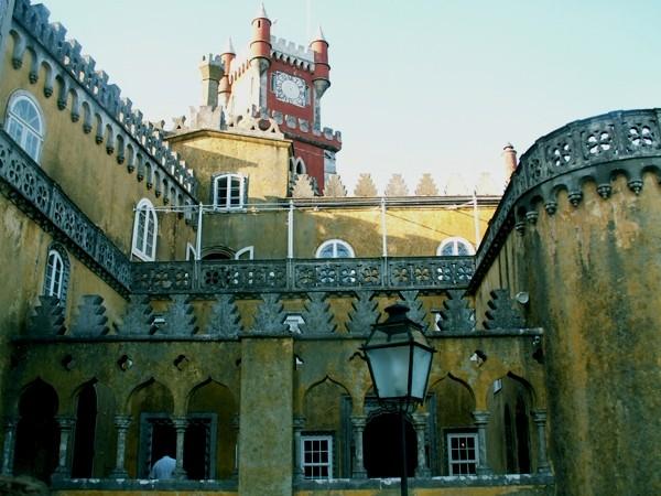Sintra Bajkowe wieżyczki Palacio da Pena