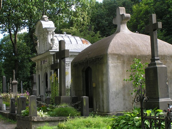 Wilno Spacerkiem po nekropolii na Rossie