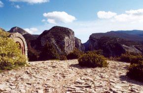 Castellane Na krawędzi kanionu Verdon