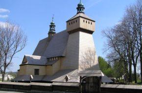 Haczów Kościół stary, a całkiem jak nowy