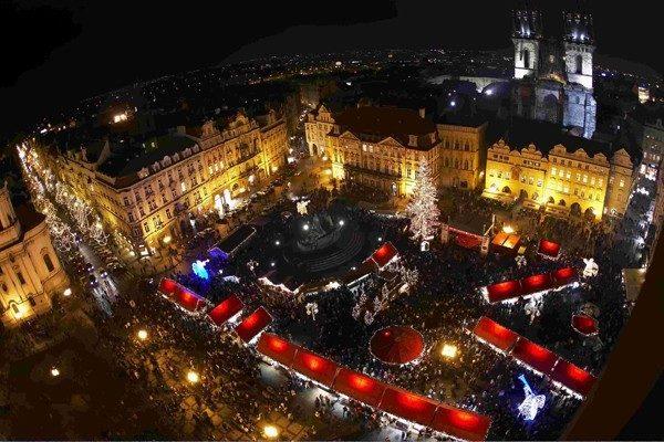 Praga. Karpie idą na wolność