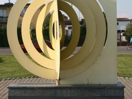 Piątek. Geometryczny środek Polski