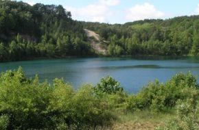 Wapnica Turkusowe jezioro w porwaku