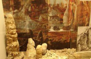 Liptowski Mikulasz O jaskiniach w muzeum speleologii