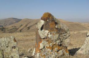 Carahunge Tajemniczy kamienny krag