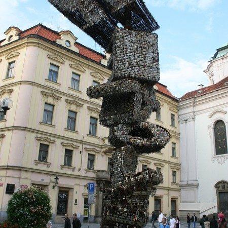Praga. Pomnik z tysięcy kluczy