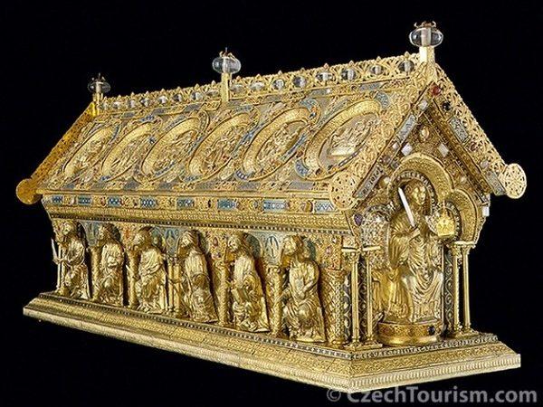Bečov. Relikwiarz świętego Maura na zamku