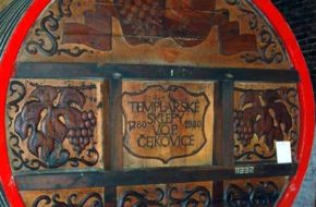 Čejkovice Winne piwnice templariuszy