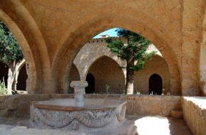 Agia Napa Klasztor dał początek miastu