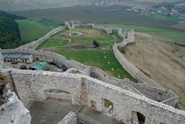 Zamek Spiski. Największe obronne gruzy w Europie