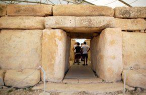 Malta Kto zbudował gigantyczne światynie?