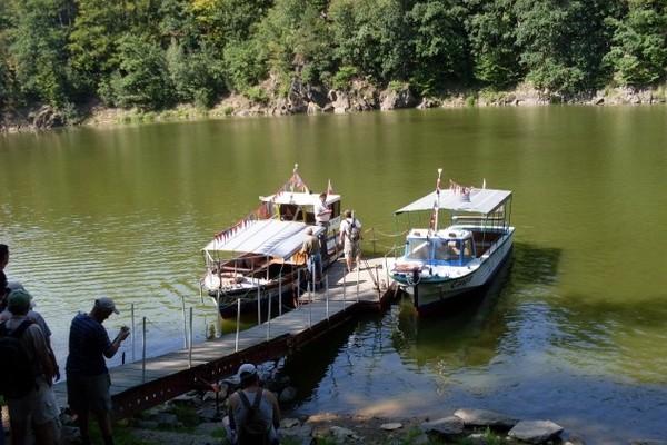 Jezioro Leśniańskie Pod zamkiem Czocha