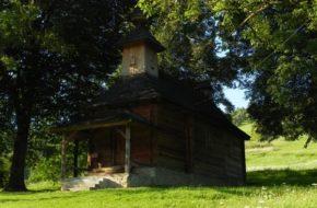 Jalová Starą cerkiewkę zjadł kołatek