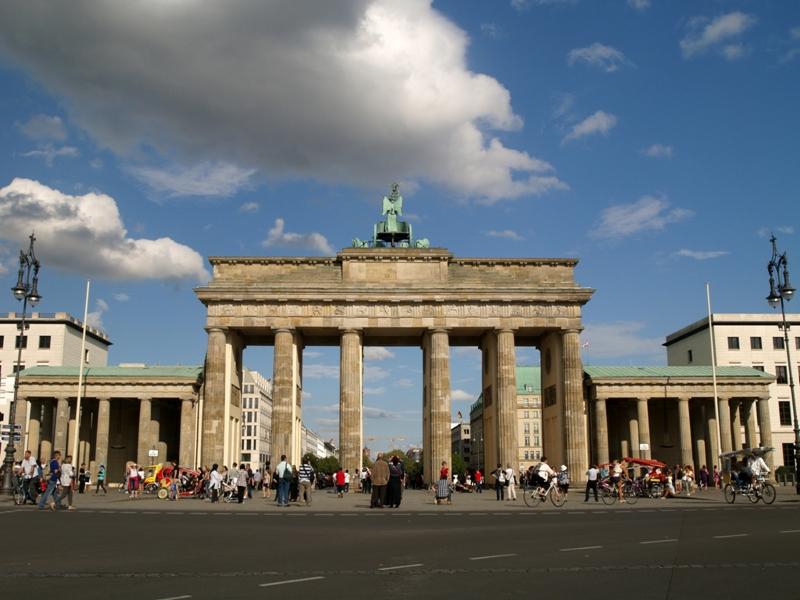 Berlin. Brama Brandenburska i Berliński Mur