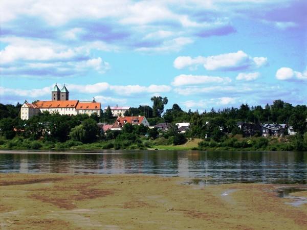 Czerwińsk nad Wisłą. Zabytkowy zakątek na Mazowszu