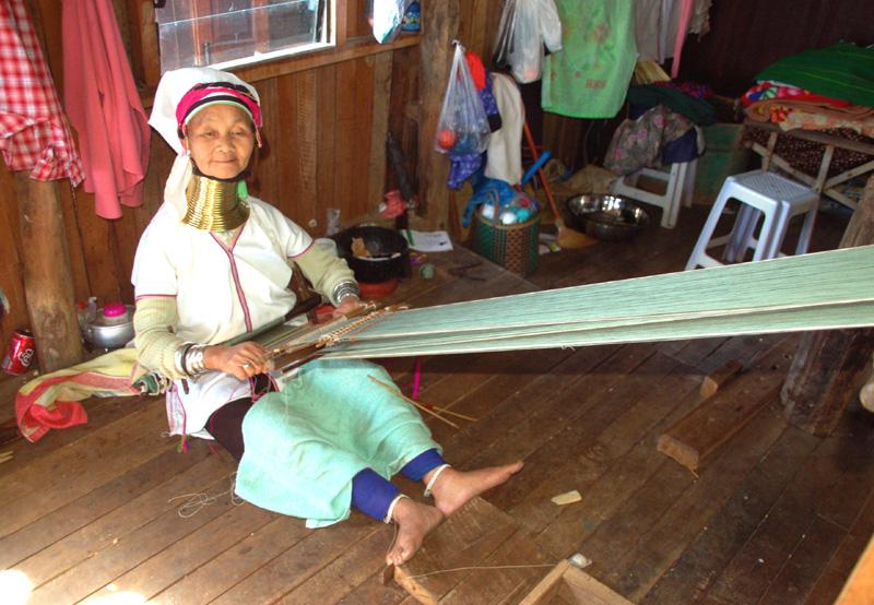 Jezioro Inle Jak żyją mieszkańcy domów na wodzie