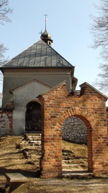 Dolina Prądnika. Barokowy kościół na Grodzisku