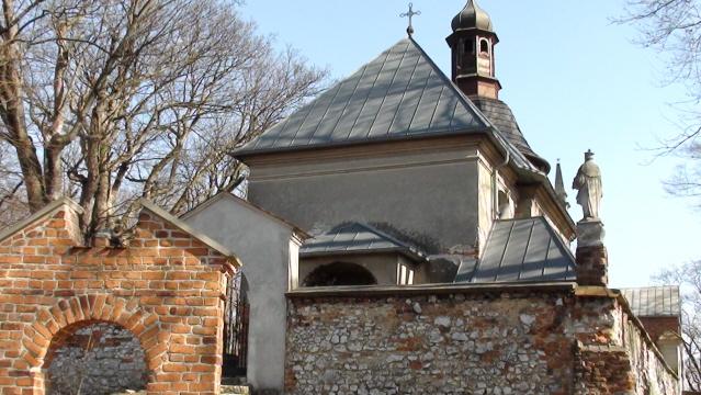 Dolina Prądnika Barokowy kościół na Grodzisku