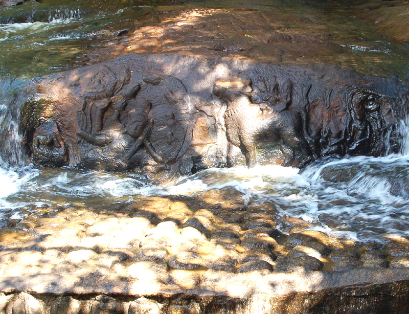 Siem Reap Rzeka Tysiąca Fallusów