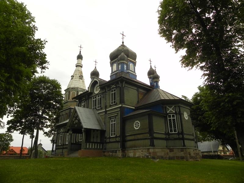 Puchły. Legendy i przypowiastki wokół cerkwi