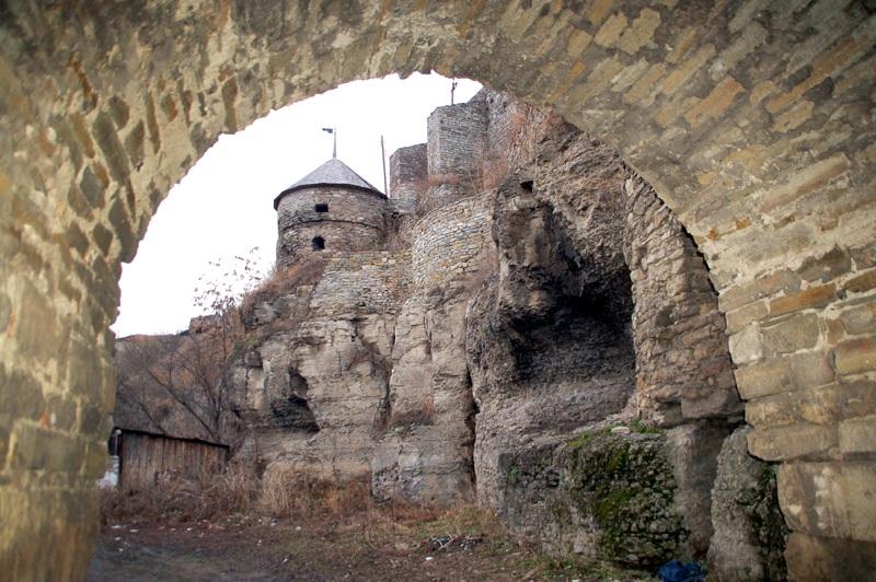 Kamieniec Podolski Początki miasta w pętli Smotrycza