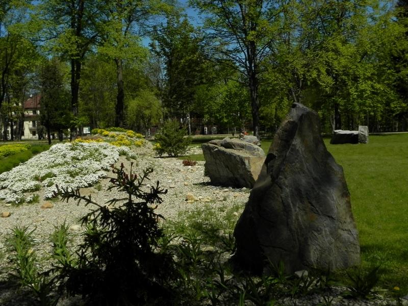 Rabka Zdrój. Nowa tężnia w odnowionym parku
