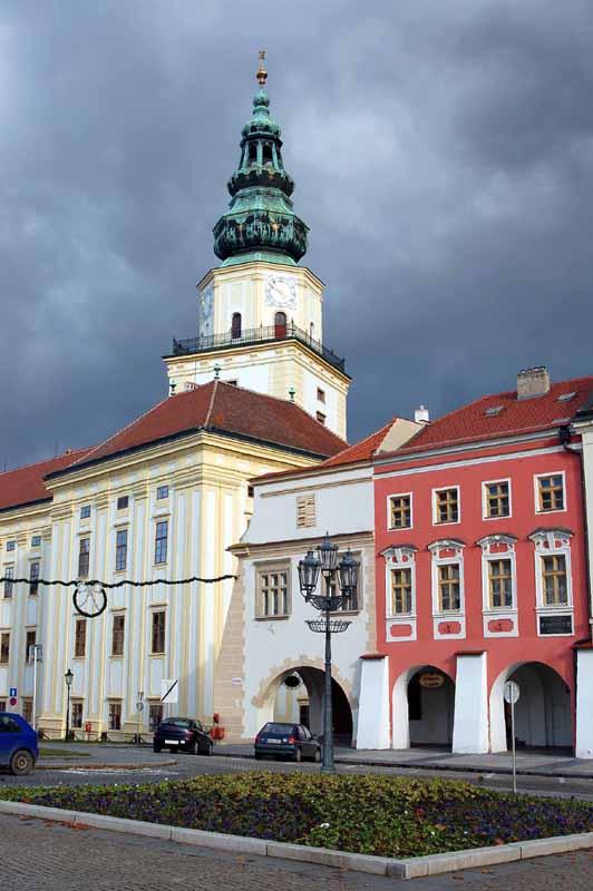 Kroměříž. Bogato wokół biskupiego zamku