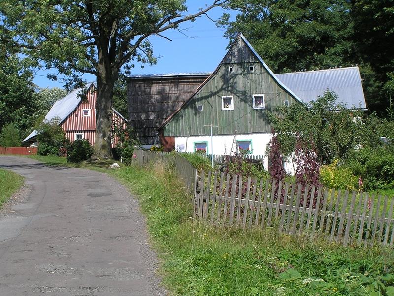 Jodłów Taka zwykła poniemiecka wieś